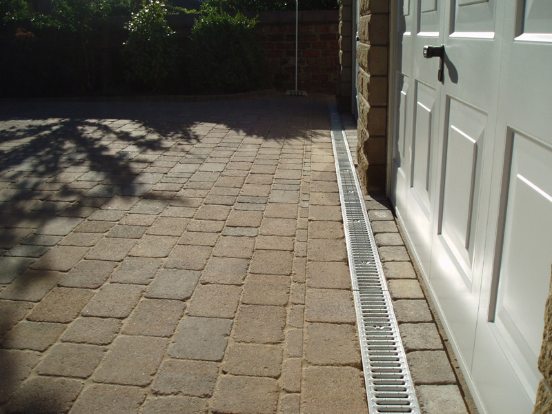 Blocksolid paving paving glasgow driveways glasgow for Paving planner